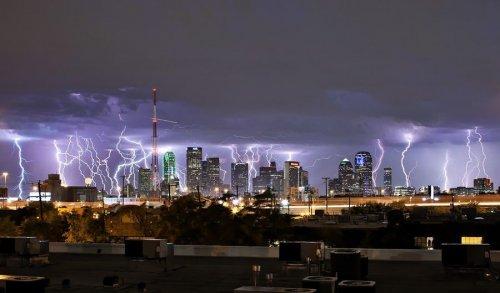 Завораживающие грозовые молнии над нашей планетой (12 фото)