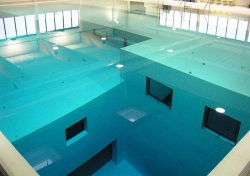 Nemo 33 – самый глубокий крытый бассейн для дайвинга (13 фото)