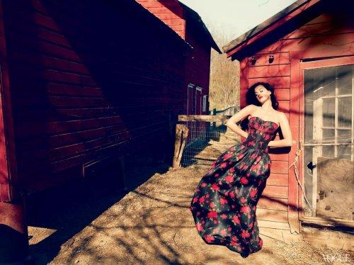 Дебютная фотосессия Кэти Перри для Vogue (июнь 2013, US) (6 фото)