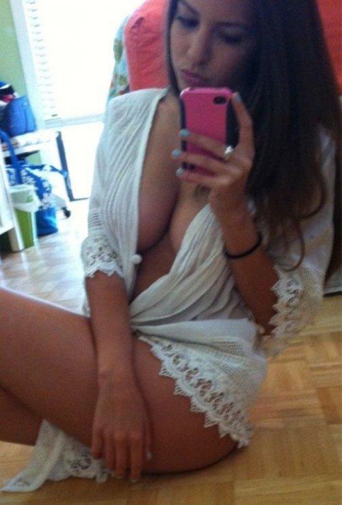Самострелы девушек из социальных сетей (34 фото)
