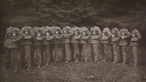 Безголовые люди на фотографиях Викторианской эпохи (12 фото)