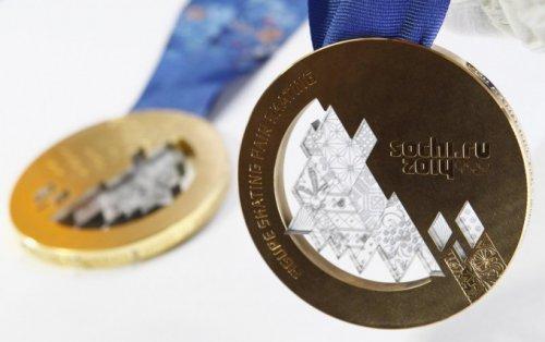 """Производство олимпийских медалей на ювелирном заводе """"Адамас"""" (13 фото)"""