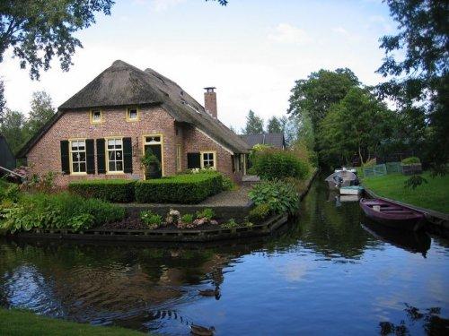 Гитхорн – деревня на воде, или Нидерландская Венеция (37 фото)