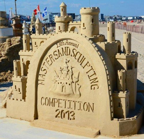 В Хэмптоне прошёл ежегодный чемпионат песчаных скульптур (13 фото)
