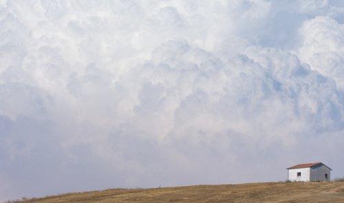 Фотосерия За домиком от Мануэля Косентино (8 фото)