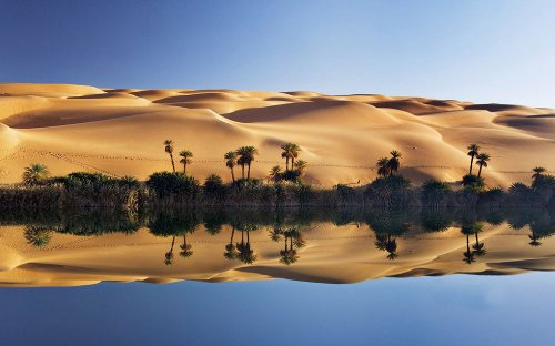 Живописный оазис Убари в пустыне Сахара (10 фото)