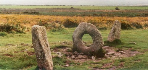 Топ-10: Сооружения, сохранившиеся в Великобритании ещё с каменного века