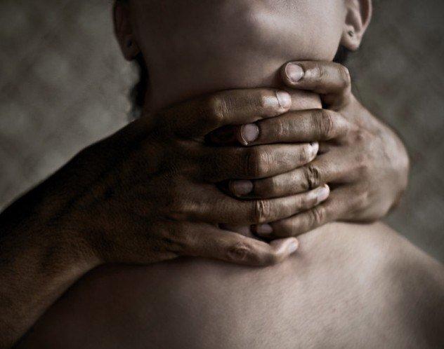 Задушила ребенка
