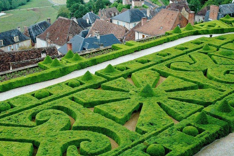 сад правильной геометрической формы фото значит, что
