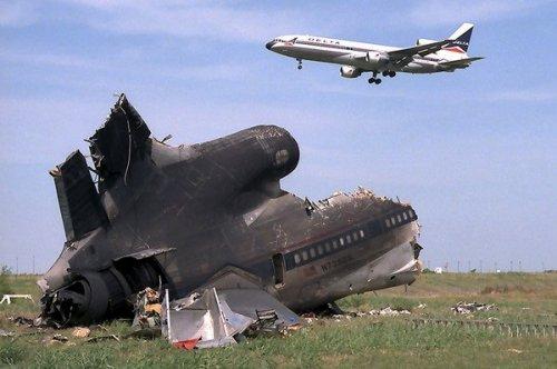 Топ-9: Загадочные авиакатастрофы