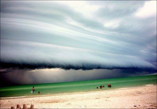 Потрясающие фотографии облачных образований (32 шт)