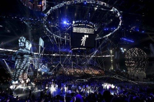 Церемония вручения наград MTV Video Music Awards 2013 (23 фото)