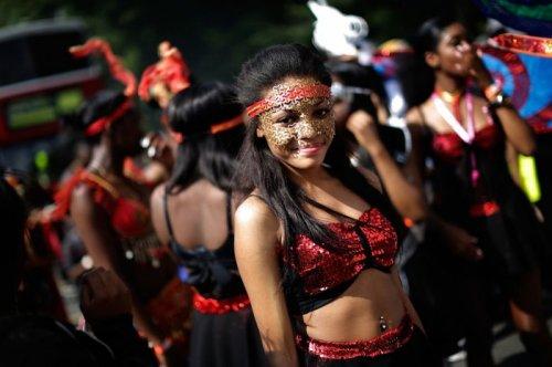 Ноттинг-Хиллский карнавал в Лондоне (18 фото)