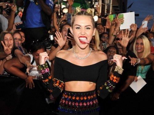Майли Сайрус и Леди Гага на MTV VMA 2013 (24 фото)