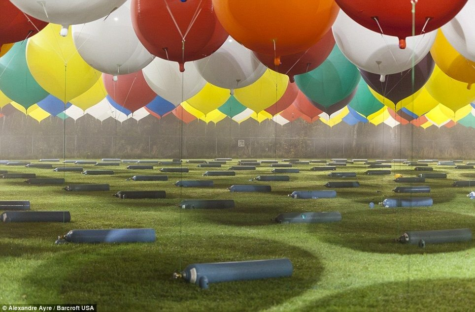 Секс среди воздушных шаров и 21 фотография