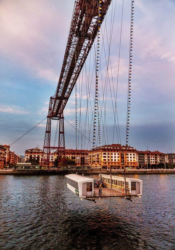 Смотреть 10 Великолепных разводных мостов видео