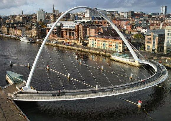 10 Великолепных разводных мостов картинки