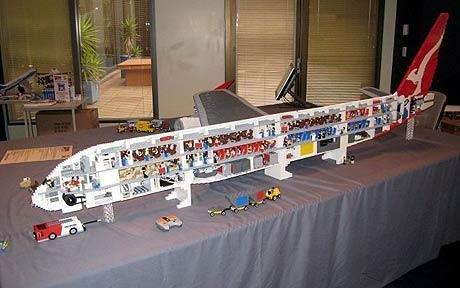 Топ-10: Необычные вещи, сделанные из Лего