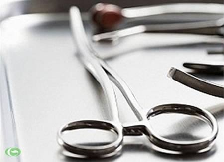 9 Медицинских процедур, которые люди провели на себе самостоятельно из-за отсутствия доступа к медицинской помощи