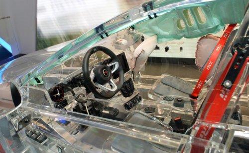 Концепт прозрачного автомобиля от TRW Automotive (8 фото + видео)