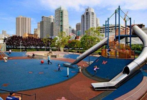 Детские игровые площадки мира (21 фото)