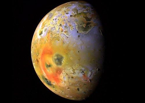 Топ-10 Самых интересных «непланетных» объектов Солнечной системы