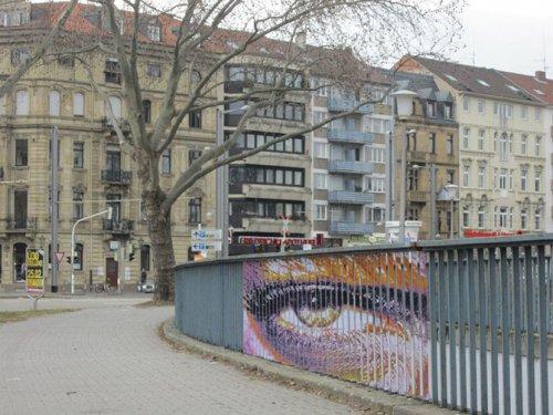 Скрытые рисунки дуэта уличных художников Zebrating (19 фото)
