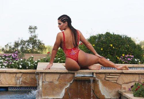 Кармен Ортега в сексуальной фотосессии (11 фото)