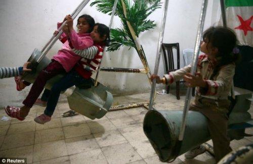 Детский развлекательный центр военного времени (5 фото)