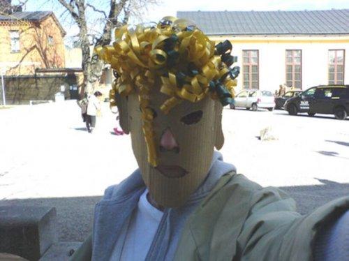Жуткие и провальные костюмы на Хэллоуин (23 фото)
