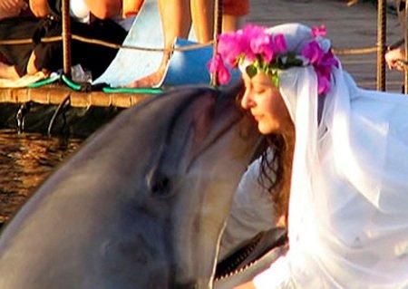 12 Невероятных людей, которые связали себя узами брака с животными