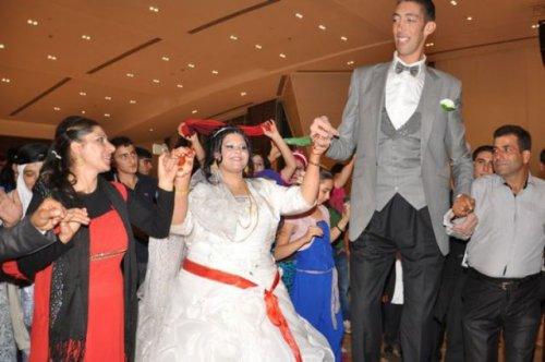 Свадьба самого высокого человека в мире