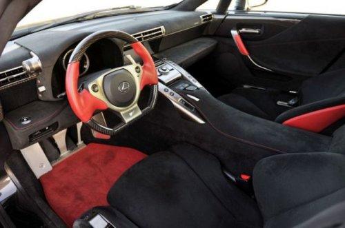 Внутри салонов знаменитых автомобилей и спорткаров (31 фото)