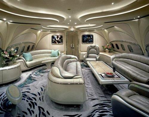Роскошные интерьеры самых дорогих частных самолётов (14 фото)