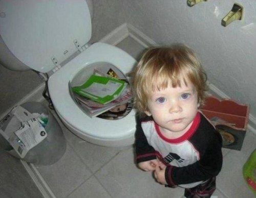 Маленькие детки – маленькие бедки (26 фото)