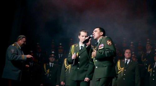 Ансамбль МВД исполняет песню Get Lucky