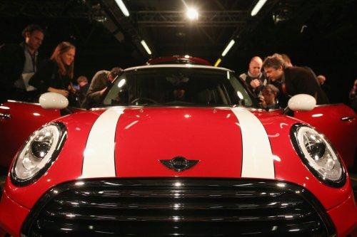 Премьера нового MINI Cooper в Коули (14 фото)