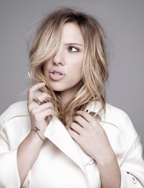Скарлетт Йоханссон в фотосессии для испанского издания журнала Elle (апрель 2013) (12 фото)