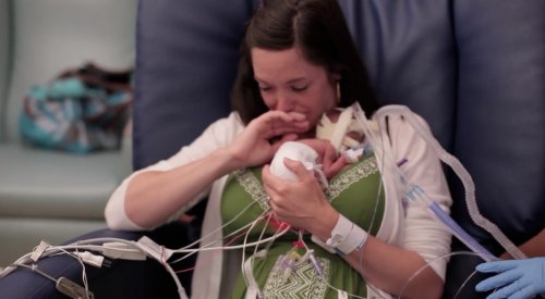 О волшебной силе материнской любви (6 фото + видео)
