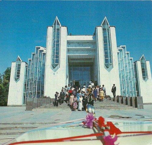 Архитектура советской эпохи (27 фото)