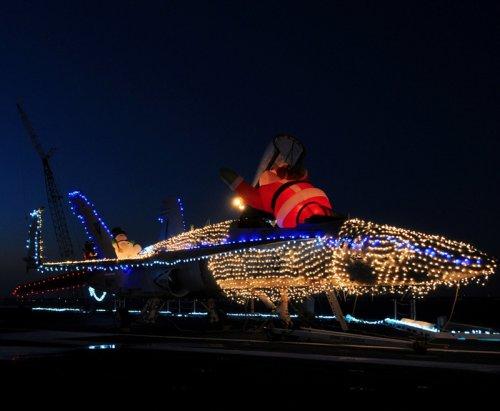 Рождество в военно-полевых условиях (21 фото)
