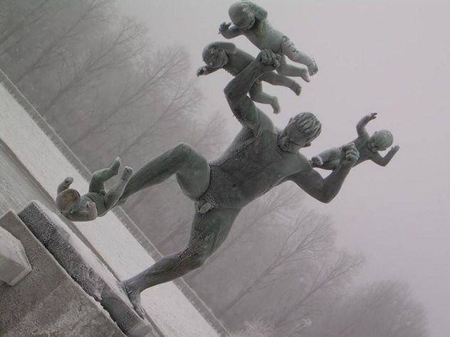 Топ-10 Странных статуй, созданных как будто из кошмаров