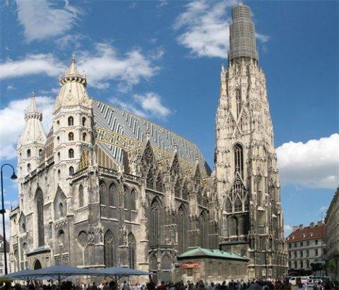 Топ-10: Увлекательные примеры готической архитектуры в мире