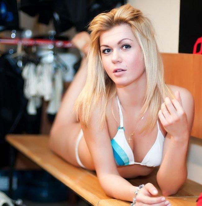 Симпатичная блондинка фото фото 456-884