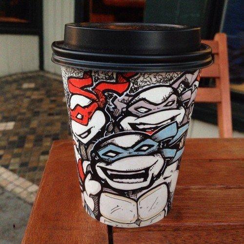 Рисунки на стаканчиках для кофе (20 фото)