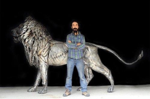 Лев, созданный почти из 4.000 металлических пластин, обработанных вручную (11 фото)