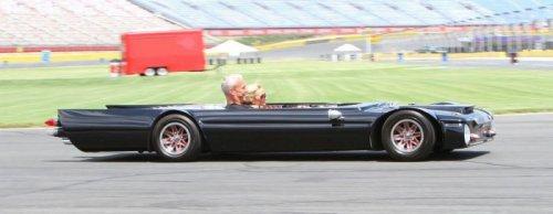 Высота самого низкого в мире автомобиля – 48,3 см (8 фото)