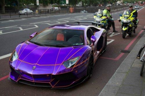 Как не надо ездить на Lamborghini Aventador