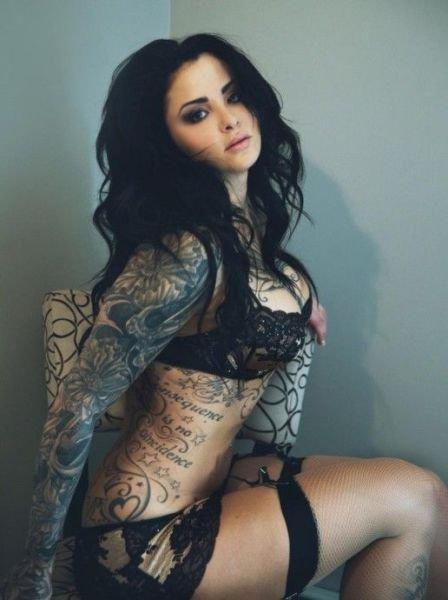 Секси девушки с татуировками