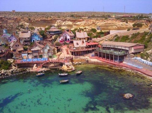 Деревня Попай на Мальте (9 фото)